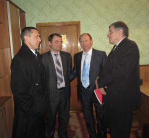 Андрій Голдаєв (другий зліва)